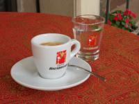 Il Caffè :: La Piazzetta - confetteria